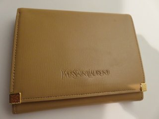 デッドストック イヴサンローラン ロゴ がま口二つ折り財布 ベージュ