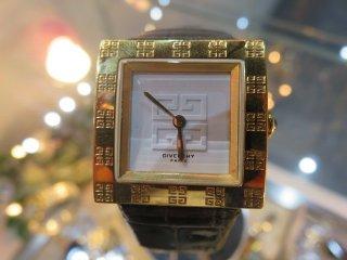 希少モデル‼ ヴィンテージ GIVENCHY ゴールド 白文字盤ロゴ 時計