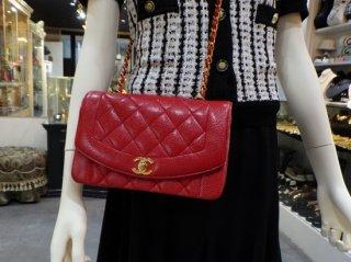 希少 CHANEL ダイアナ キャビアスキン レッド ショルダーバック CHANEL Diana Red Caviar Leather Single Chain Shoulder Bag