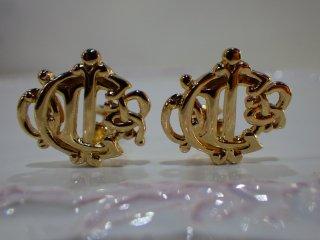 Christian Dior ヴィンテージ ディオール ゴールド ロゴ イヤリング