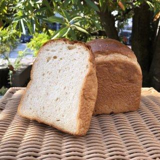 【クール冷凍便】自家製豆乳ヨーグルトとココナッツシュガーの食パン