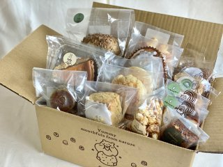 【クール冷凍便】スタッフにおまかせ・パンと焼菓子の詰合わせセット