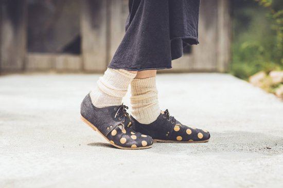 <img class='new_mark_img1' src='https://img.shop-pro.jp/img/new/icons5.gif' style='border:none;display:inline;margin:0px;padding:0px;width:auto;' />Hemp plie lace-shoes