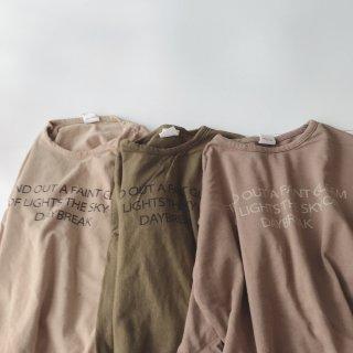 レタリングTシャツ
