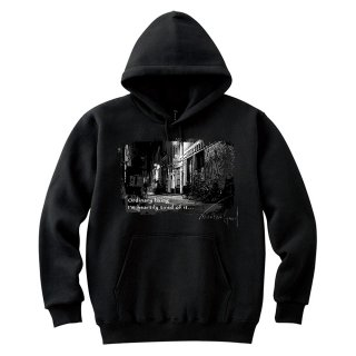 <img class='new_mark_img1' src='//img.shop-pro.jp/img/new/icons8.gif' style='border:none;display:inline;margin:0px;padding:0px;width:auto;' />IncentiveGreed Back street in New York Hoodie BLACK