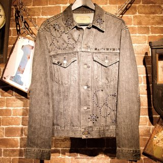 £iNK Studs Custom Denim Jacket