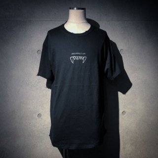 【7/7 22:00〜販売開始】RESURRECTION Fang T-shirt