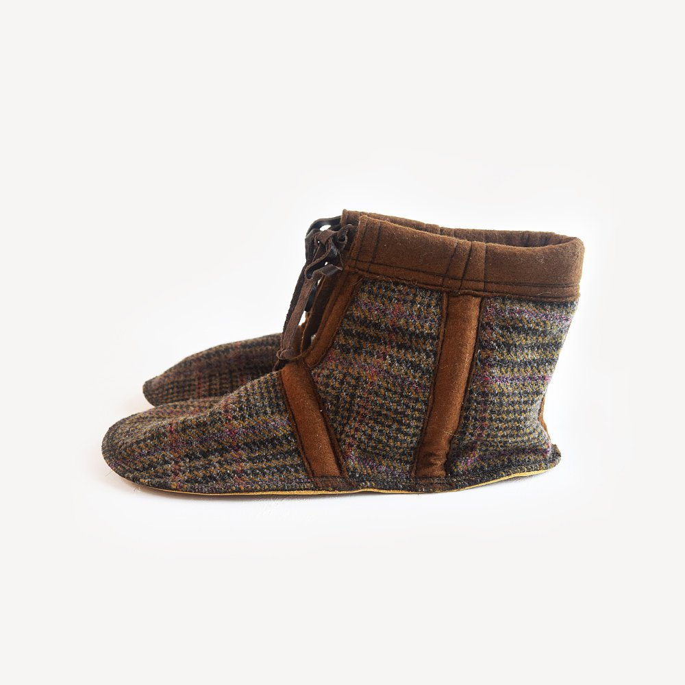 Tweed Room Shoes