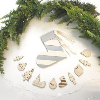 TRNE  christmas  garland