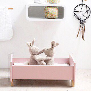 <img class='new_mark_img1' src='//img.shop-pro.jp/img/new/icons14.gif' style='border:none;display:inline;margin:0px;padding:0px;width:auto;' />DOLL BED PALE Pink From France
