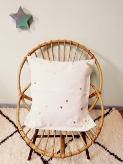 Bord de scene gold star cushion cover