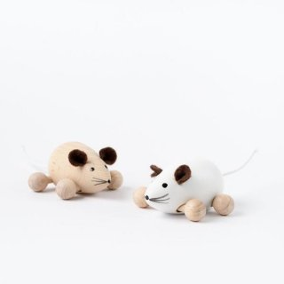 <img class='new_mark_img1' src='https://img.shop-pro.jp/img/new/icons14.gif' style='border:none;display:inline;margin:0px;padding:0px;width:auto;' />Sarah and Bendrix - Wooden mouse 2 set
