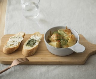 <img class='new_mark_img1' src='https://img.shop-pro.jp/img/new/icons14.gif' style='border:none;display:inline;margin:0px;padding:0px;width:auto;' />入荷!Noisette   Gratin dish