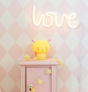 <img class='new_mark_img1' src='//img.shop-pro.jp/img/new/icons14.gif' style='border:none;display:inline;margin:0px;padding:0px;width:auto;' />A little lovely company  Neon style light: Love - yellow