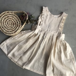 <img class='new_mark_img1' src='https://img.shop-pro.jp/img/new/icons16.gif' style='border:none;display:inline;margin:0px;padding:0px;width:auto;' />SALE!!!30% OFF!!himher apron dress(cream)