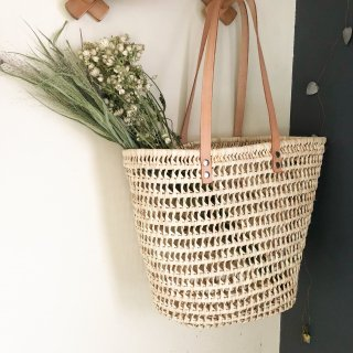 <img class='new_mark_img1' src='https://img.shop-pro.jp/img/new/icons14.gif' style='border:none;display:inline;margin:0px;padding:0px;width:auto;' /> mikanu knitted shopper (leather hand)