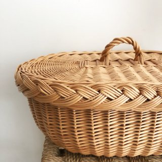 <img class='new_mark_img1' src='https://img.shop-pro.jp/img/new/icons14.gif' style='border:none;display:inline;margin:0px;padding:0px;width:auto;' />Straw Lid basket  From Latvia L size