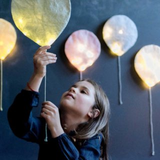 <img class='new_mark_img1' src='https://img.shop-pro.jp/img/new/icons14.gif' style='border:none;display:inline;margin:0px;padding:0px;width:auto;' />COLOR balloon light from FRANCE