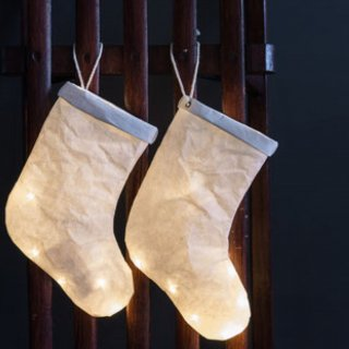 <img class='new_mark_img1' src='//img.shop-pro.jp/img/new/icons14.gif' style='border:none;display:inline;margin:0px;padding:0px;width:auto;' />WHITE xmas SOX  light from FRANCE