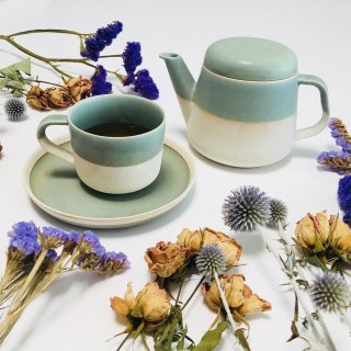 <img class='new_mark_img1' src='https://img.shop-pro.jp/img/new/icons14.gif' style='border:none;display:inline;margin:0px;padding:0px;width:auto;' />入荷!Cup&saucer そら