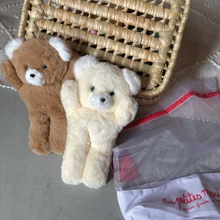 <img class='new_mark_img1' src='https://img.shop-pro.jp/img/new/icons14.gif' style='border:none;display:inline;margin:0px;padding:0px;width:auto;' />les Petites Maries (camille small bear)