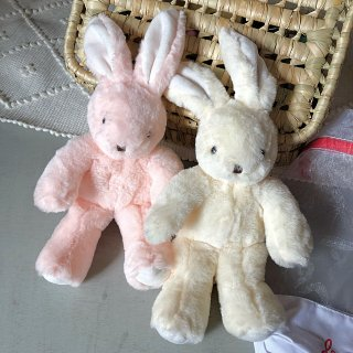 <img class='new_mark_img1' src='https://img.shop-pro.jp/img/new/icons14.gif' style='border:none;display:inline;margin:0px;padding:0px;width:auto;' />les Petites Maries   (lapin)