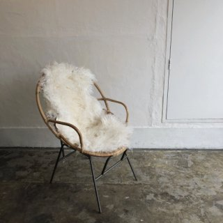 <img class='new_mark_img1' src='//img.shop-pro.jp/img/new/icons14.gif' style='border:none;display:inline;margin:0px;padding:0px;width:auto;' />Ratan Chair with armrest From France