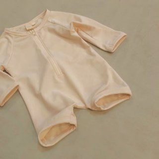 <img class='new_mark_img1' src='//img.shop-pro.jp/img/new/icons14.gif' style='border:none;display:inline;margin:0px;padding:0px;width:auto;' />DAUGHTER&CO  romper bather (longsleeve)