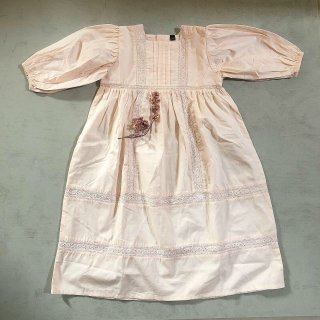 <img class='new_mark_img1' src='https://img.shop-pro.jp/img/new/icons14.gif' style='border:none;display:inline;margin:0px;padding:0px;width:auto;' />last 1!!Bonjour diary Memory dress with lace (nude)