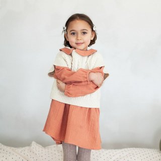 <img class='new_mark_img1' src='https://img.shop-pro.jp/img/new/icons14.gif' style='border:none;display:inline;margin:0px;padding:0px;width:auto;' />SOORPLOOM  Margot sweater  vest (natural)