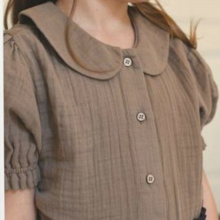 <img class='new_mark_img1' src='https://img.shop-pro.jp/img/new/icons14.gif' style='border:none;display:inline;margin:0px;padding:0px;width:auto;' />Minimom  mallow blouse (mink)