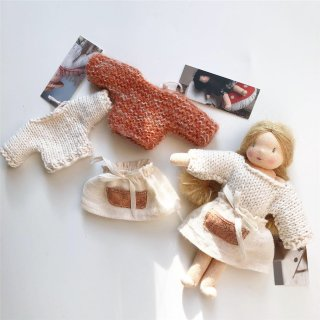 <img class='new_mark_img1' src='https://img.shop-pro.jp/img/new/icons14.gif' style='border:none;display:inline;margin:0px;padding:0px;width:auto;' />MINI happy doll sweater (creme)(fox)