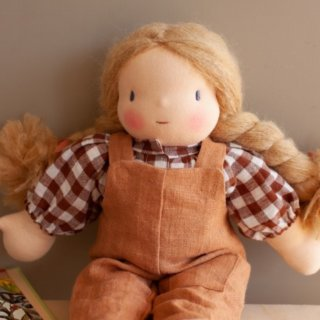 <img class='new_mark_img1' src='https://img.shop-pro.jp/img/new/icons14.gif' style='border:none;display:inline;margin:0px;padding:0px;width:auto;' />NILS happy doll linen jumpsuit (camel)