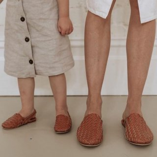 <img class='new_mark_img1' src='//img.shop-pro.jp/img/new/icons14.gif' style='border:none;display:inline;margin:0px;padding:0px;width:auto;' />Scandic Gypsy   ladys mule sandle(tan)