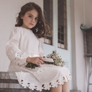 <img class='new_mark_img1' src='https://img.shop-pro.jp/img/new/icons14.gif' style='border:none;display:inline;margin:0px;padding:0px;width:auto;' />petitAmalie daisy DRESS(white)
