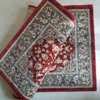 <img class='new_mark_img1' src='https://img.shop-pro.jp/img/new/icons14.gif' style='border:none;display:inline;margin:0px;padding:0px;width:auto;' />Vicente Rug Red(約67×120cm) From Belgium
