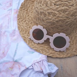 <img class='new_mark_img1' src='//img.shop-pro.jp/img/new/icons14.gif' style='border:none;display:inline;margin:0px;padding:0px;width:auto;' /> WILLOW SWIM  lulu sunglasses (palerose)