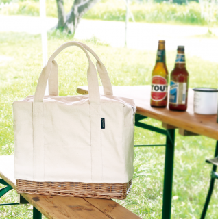 <img class='new_mark_img1' src='https://img.shop-pro.jp/img/new/icons14.gif' style='border:none;display:inline;margin:0px;padding:0px;width:auto;' />入荷!Willow canvas bag