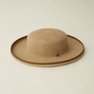 <img class='new_mark_img1' src='https://img.shop-pro.jp/img/new/icons14.gif' style='border:none;display:inline;margin:0px;padding:0px;width:auto;' />eLfinFolk  MIGRANT hat by CA4LA  (beige)