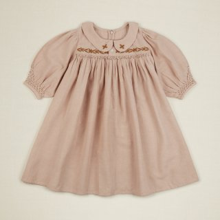 <img class='new_mark_img1' src='https://img.shop-pro.jp/img/new/icons14.gif' style='border:none;display:inline;margin:0px;padding:0px;width:auto;' />APOLINA EMELINE dress (pink sand) 5-7y