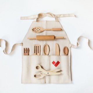 <img class='new_mark_img1' src='https://img.shop-pro.jp/img/new/icons14.gif' style='border:none;display:inline;margin:0px;padding:0px;width:auto;' />KITCHEN  SET with linen apron From Russia (9点set)