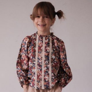 <img class='new_mark_img1' src='https://img.shop-pro.jp/img/new/icons14.gif' style='border:none;display:inline;margin:0px;padding:0px;width:auto;' />Noel NILS happy to see you  KIDS stirlingblouse (liberty)