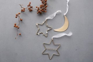 <img class='new_mark_img1' src='https://img.shop-pro.jp/img/new/icons14.gif' style='border:none;display:inline;margin:0px;padding:0px;width:auto;' />RUNI Moon & Star ornaments set of 3 (4日 20時より販売)