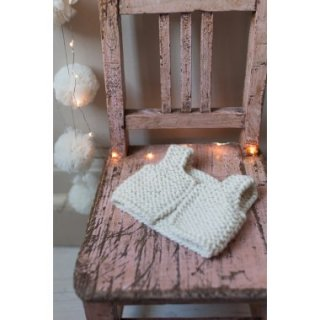 <img class='new_mark_img1' src='https://img.shop-pro.jp/img/new/icons14.gif' style='border:none;display:inline;margin:0px;padding:0px;width:auto;' />NILS happy doll knit vest (cream)