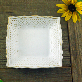 <img class='new_mark_img1' src='https://img.shop-pro.jp/img/new/icons14.gif' style='border:none;display:inline;margin:0px;padding:0px;width:auto;' />入荷!French lace SQUARE