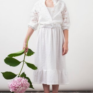 <img class='new_mark_img1' src='https://img.shop-pro.jp/img/new/icons14.gif' style='border:none;display:inline;margin:0px;padding:0px;width:auto;' />tocotovintage  KIDS swiss embridary white dress (21SS)