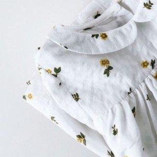 <img class='new_mark_img1' src='https://img.shop-pro.jp/img/new/icons14.gif' style='border:none;display:inline;margin:0px;padding:0px;width:auto;' />Little cottons JUNO TOP  (Clover Floral)
