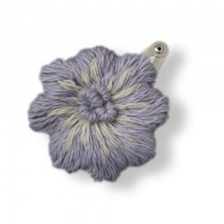 <img class='new_mark_img1' src='https://img.shop-pro.jp/img/new/icons14.gif' style='border:none;display:inline;margin:0px;padding:0px;width:auto;' />Shirley Bredal cotton flower hairclip(lilac)