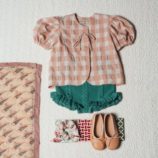 <img class='new_mark_img1' src='https://img.shop-pro.jp/img/new/icons14.gif' style='border:none;display:inline;margin:0px;padding:0px;width:auto;' />Pink gingham bow  blouse FROM SPAIN