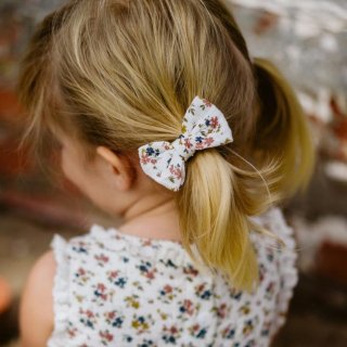 <img class='new_mark_img1' src='https://img.shop-pro.jp/img/new/icons20.gif' style='border:none;display:inline;margin:0px;padding:0px;width:auto;' />SALE!!Little cottons hair ribbon (aster floral)